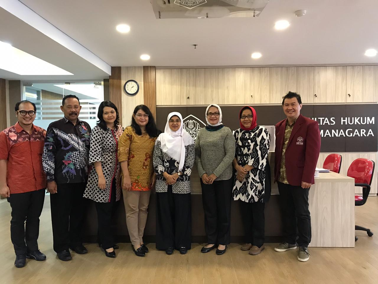 Studi Banding Fakultas HUkum Universitas Janabadra ke Fakultas Hukum Universitas Tarumanagara