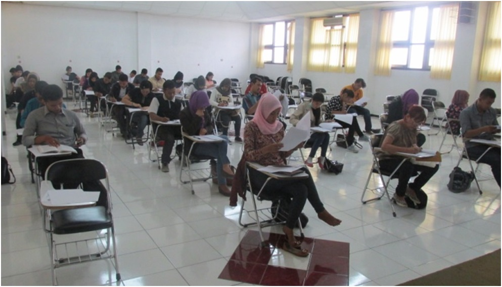 Ujian Akhir Semester Th 2014/2015