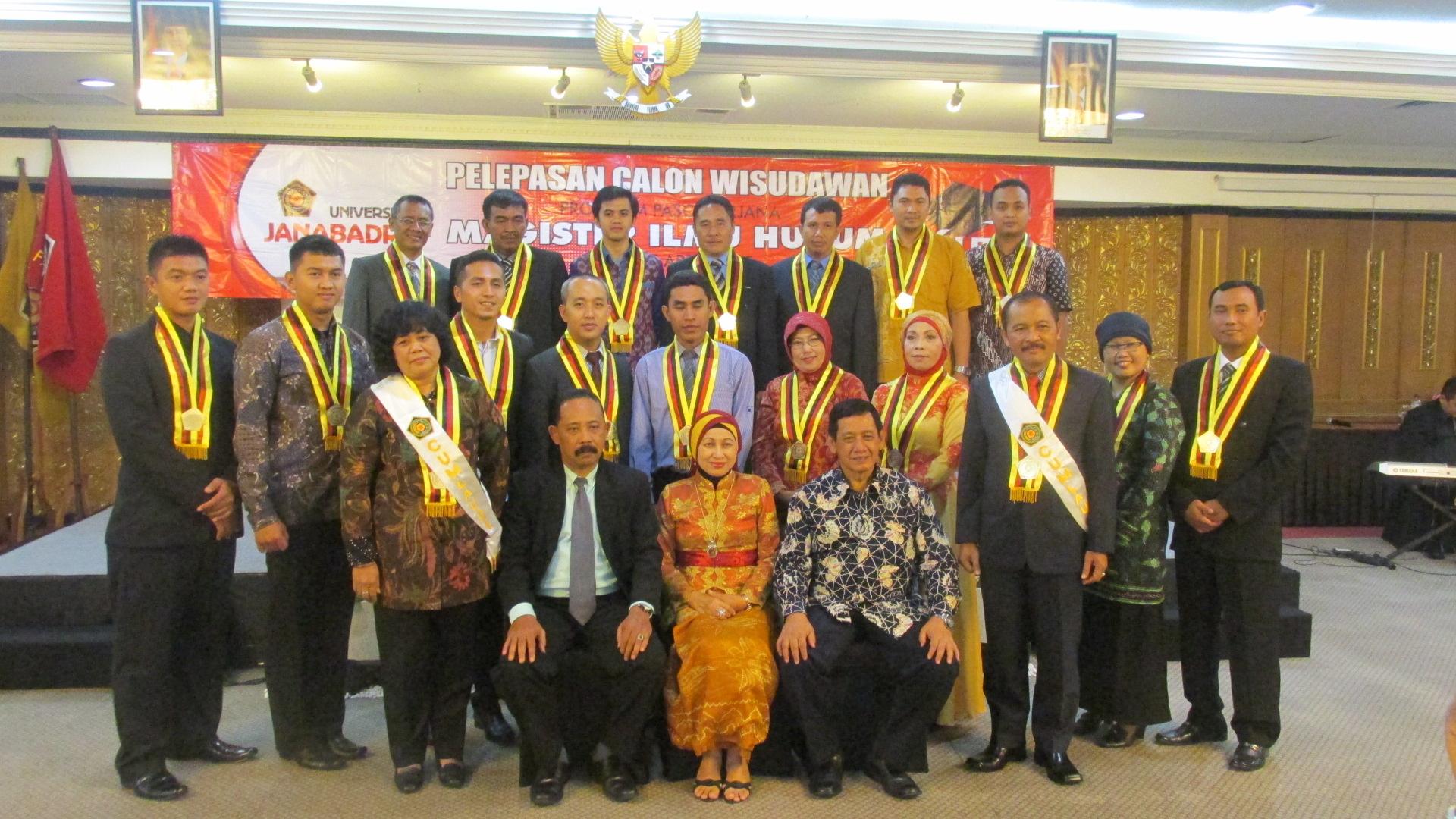 Pelepasan Wisuda Program Studi Magister Ilmu Hukum Periode April 2015