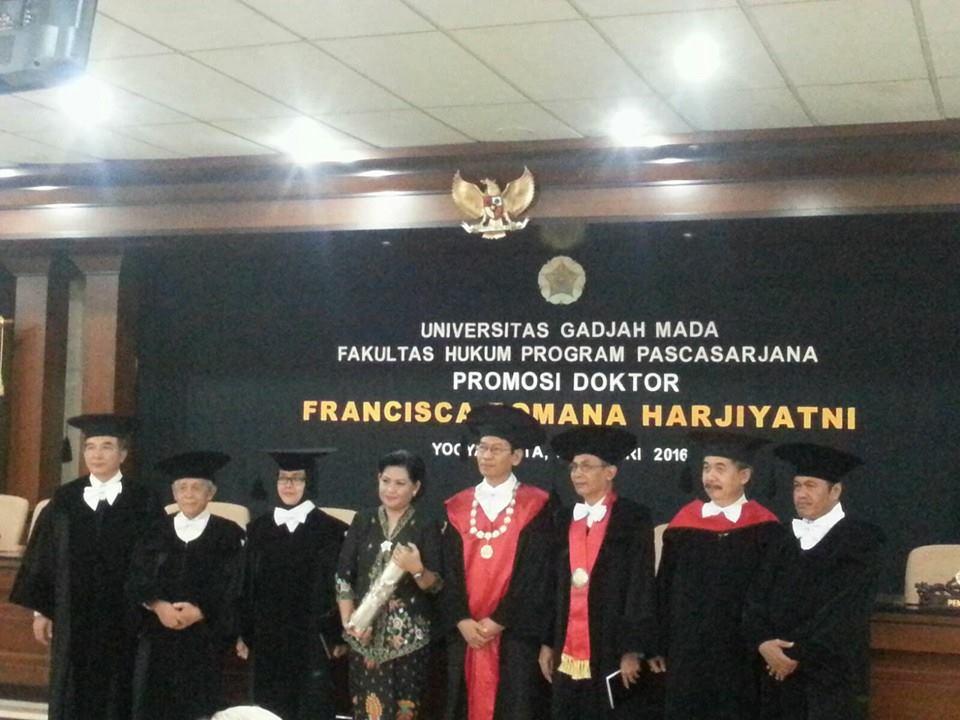 Fakultas Hukum UJB Tambah Doktor Baru